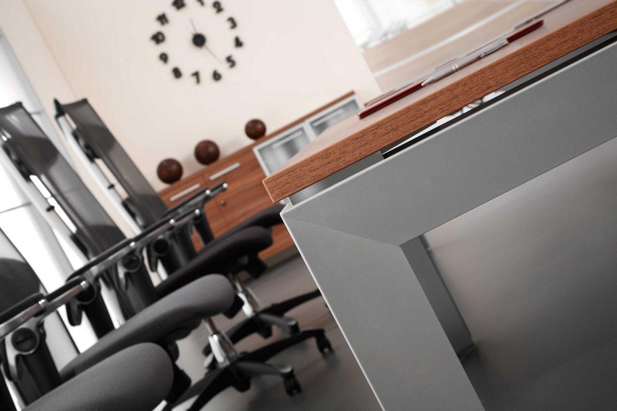 Klasyczne meble gabinetowe TRIANGO, system mebli gabinetowych TRIANGO, meble do gabinetu TRIANGO, stół konferencyjny do gabinetu