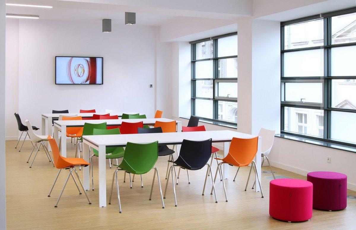 Kolorowe krzesła konferencyjne SHELL, kolorowe plastikowe oryginalne krzesła konferencyjne Shell