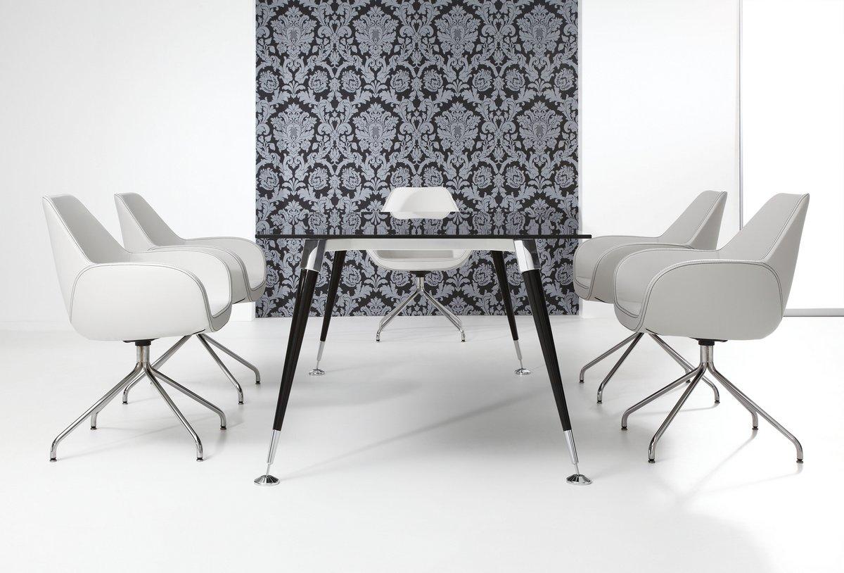 Ekskluzywne meble gabinetowe Astero, czarne meble gabinetowe, czarny stół konferencyjny Astero