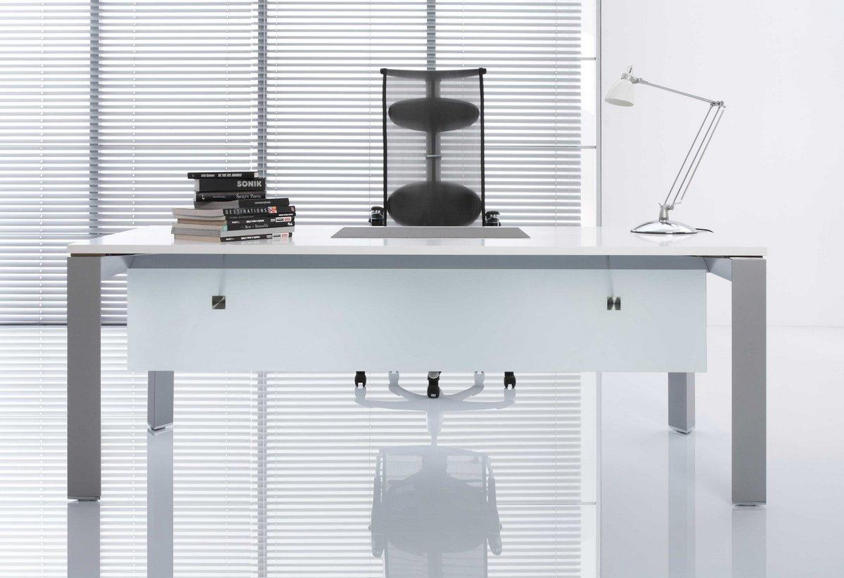 Meble gabinetowe TRIANGO, system mebli gabinetowych TRIANGO, meble do gabinetu TRIANGO, biurko do gabinetu