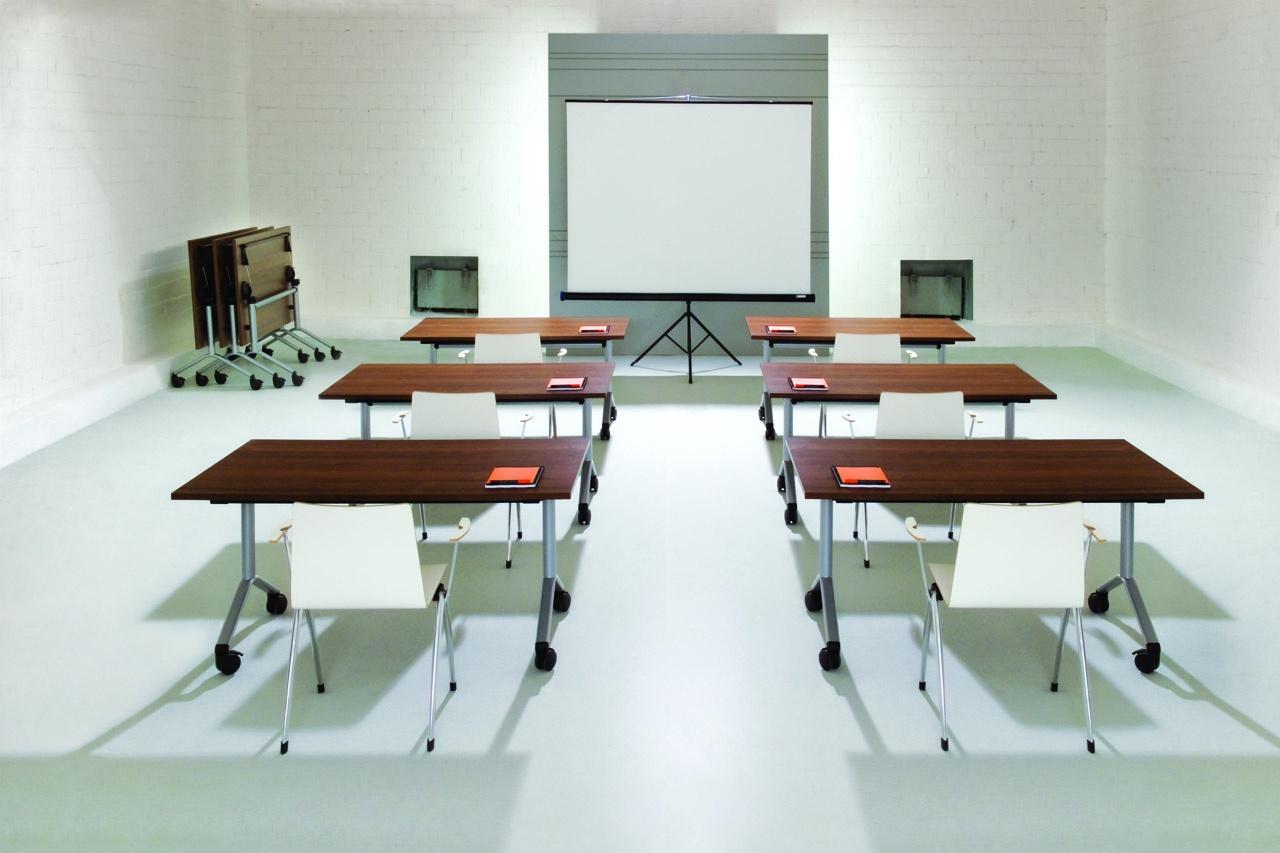 Pojedyncze biurka dla pracowników, meble biurowe EVO