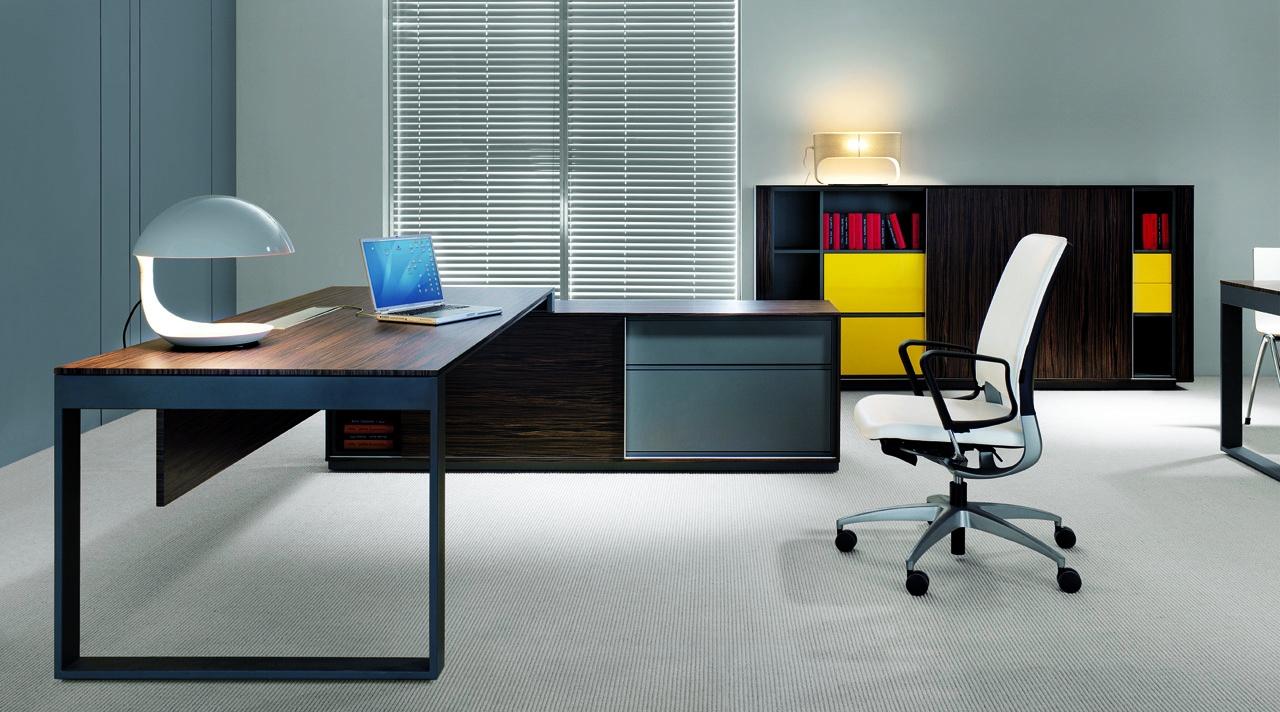 Nowoczesne meble gabinetowe BRAND, system mebli gabinetowych BRAND, nowoczesne biurka gabinetowe BRAND