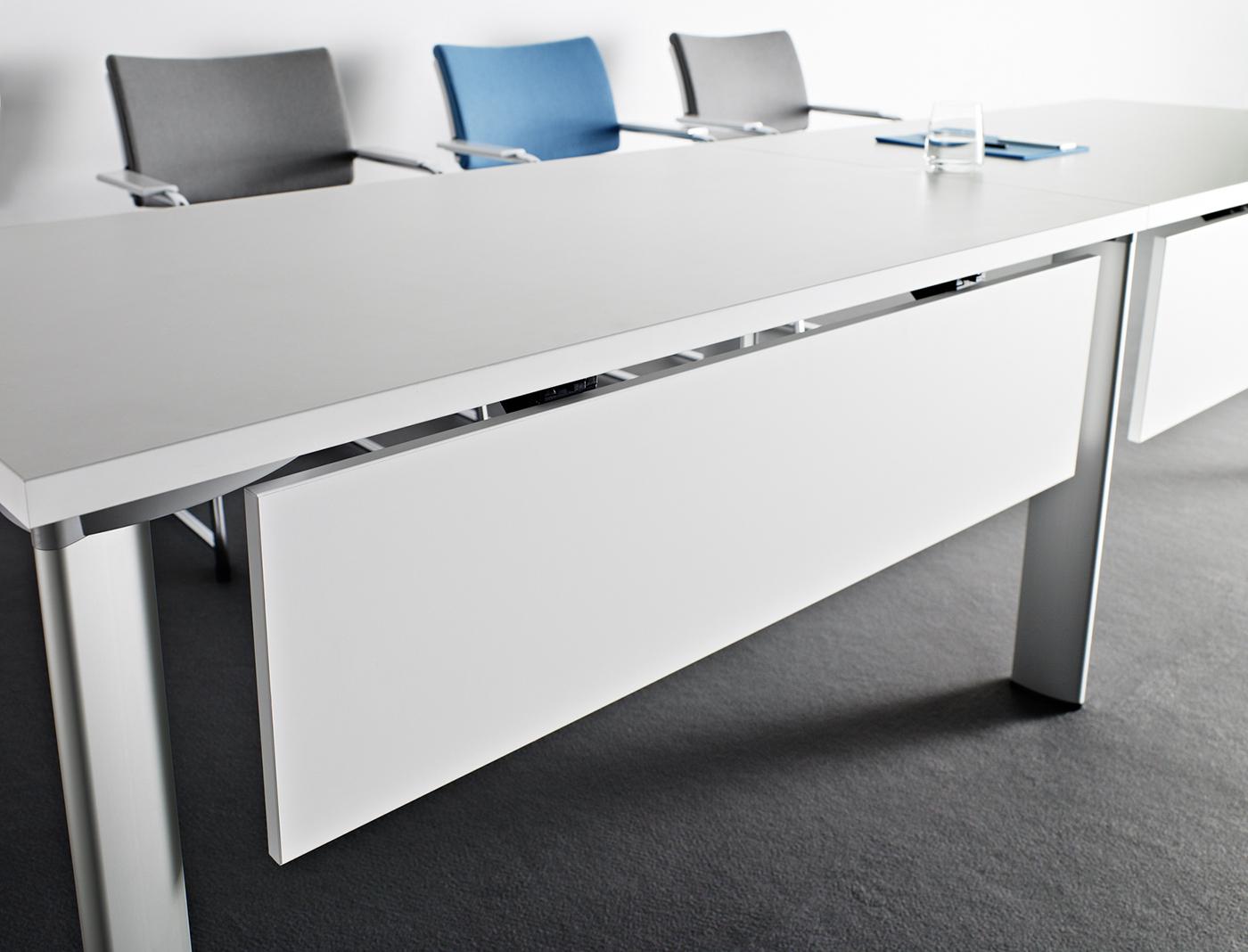 Blendy przy stołach modułowych konferencyjnych CX 3200 panele dolne, płytowe lub metalowe