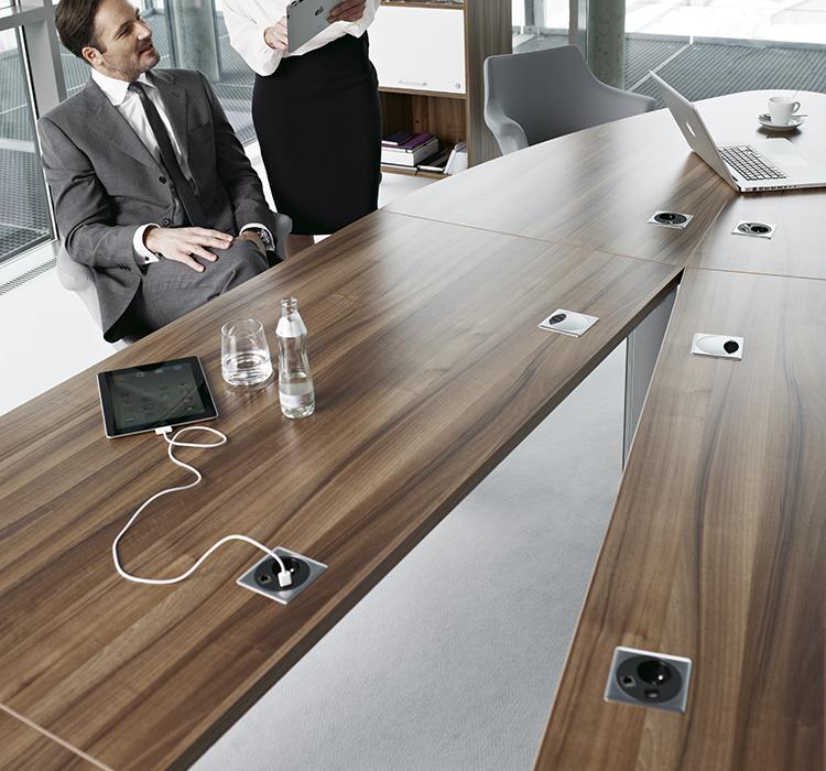 System modułowych stołów konferencyjnych CX 3200