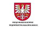 Wykonaliśmy dostawę mebli do sali sesyjnej do Urzędu Marszałkowskiego województwa Małopolskiego.